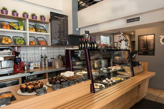 Green Deli Cafe - Бул. Александър Стамболойски 31 (10)