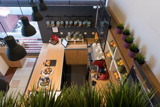 Green Deli Cafe - Бул. Александър Стамболойски 31 (2)