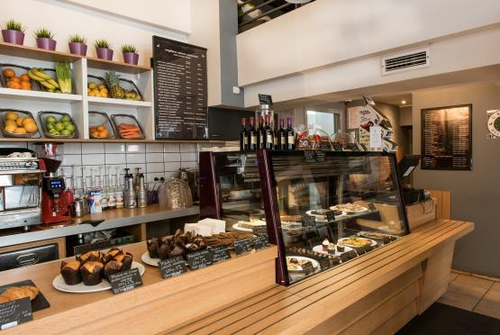 Green Deli Cafe - Бул. Александър Стамболойски 31 (9)