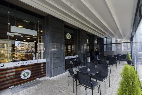 Green Deli Cafe - Полиграфия Офис Център (1)