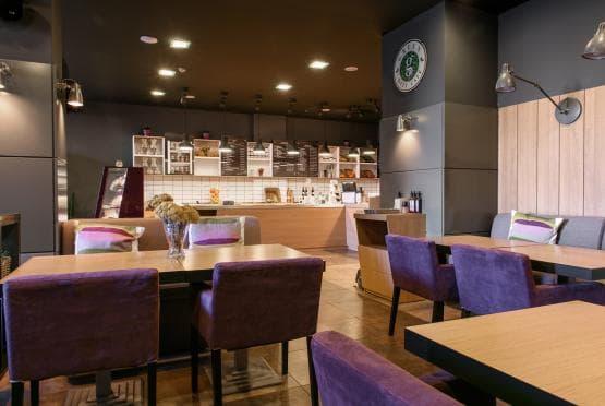 Green Deli Cafe - Полиграфия Офис Център (14)