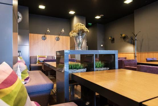 Green Deli Cafe - Полиграфия Офис Център (16)