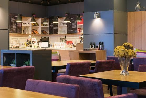 Green Deli Cafe - Полиграфия Офис Център (5)